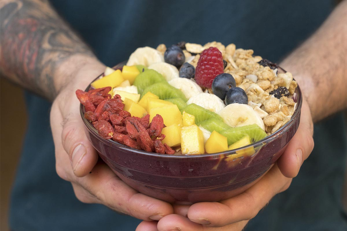 receta açai bowl vegano - açai tropical fruit
